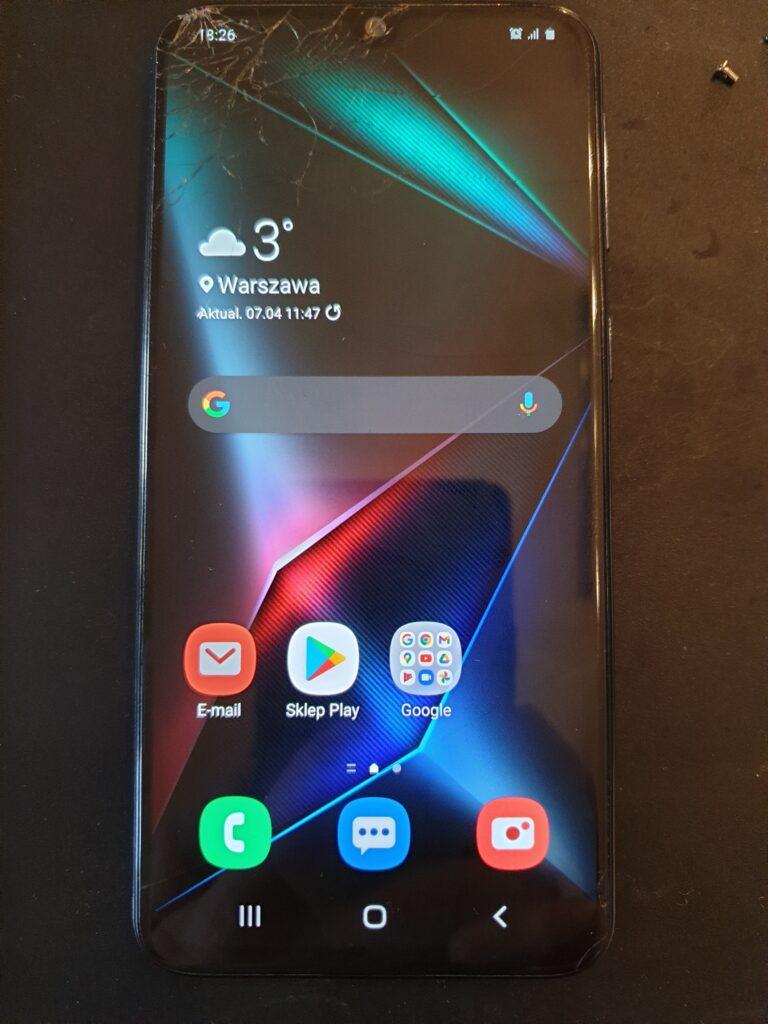 Samsung zbita szybka